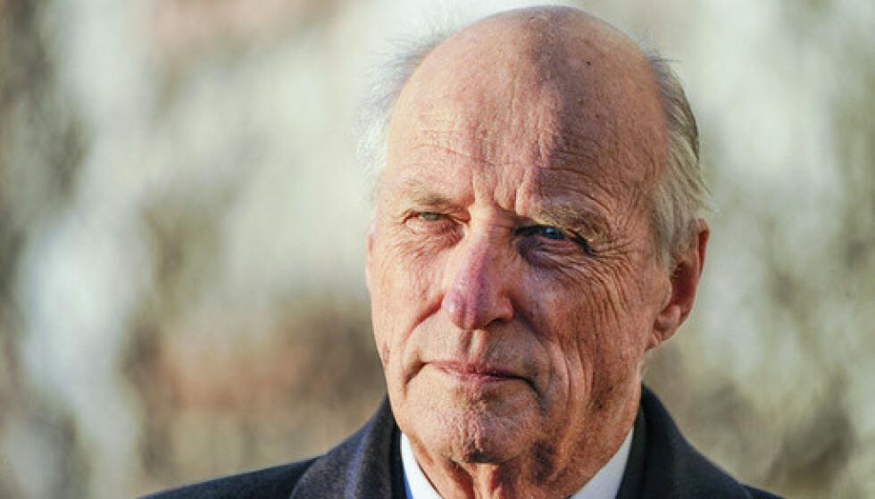 Kong Harald ble operert for en skadd sene i kneet 29. januar. Arkivfoto: Lise Åserud / NTB