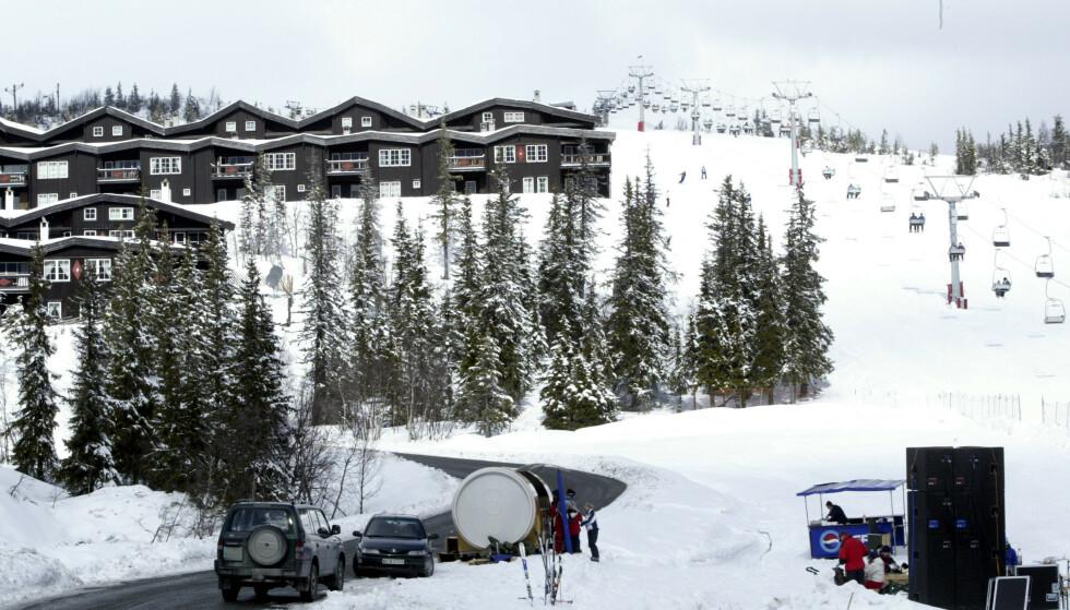 På tross av tiltakene stiller Krødsherad kommune, som blant annet huser Norefjell alpinanlegg, seg lojale bak de nye Viken-tiltakene. Foto: Bjørn Sigurdsøn / NTB