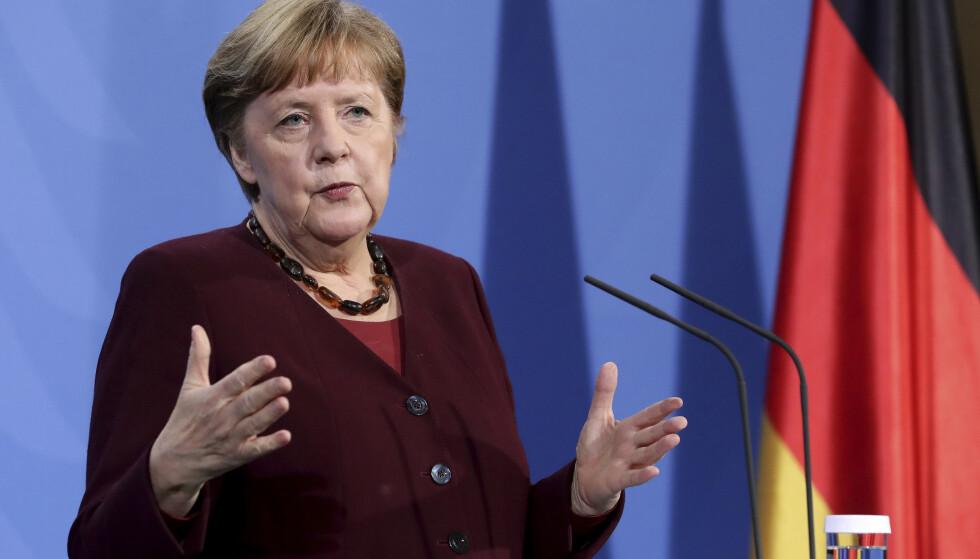 Statsminister Angela Merkel og lederne av landets delstater har blitt enige om å forlenge nedstengingen av Tyskland til 18. april. Foto: Michael Sohn / AP / NTB