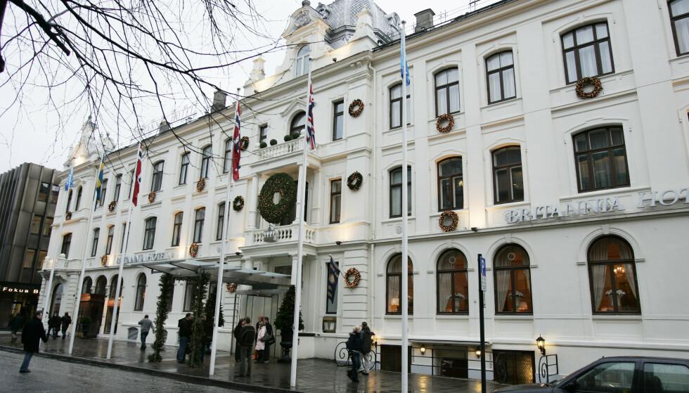 Britannia Hotel i Dronningens gate i Trondheim stenger på grunn av skjenkeforbudet. Foto: Gorm Kallestad / NTB