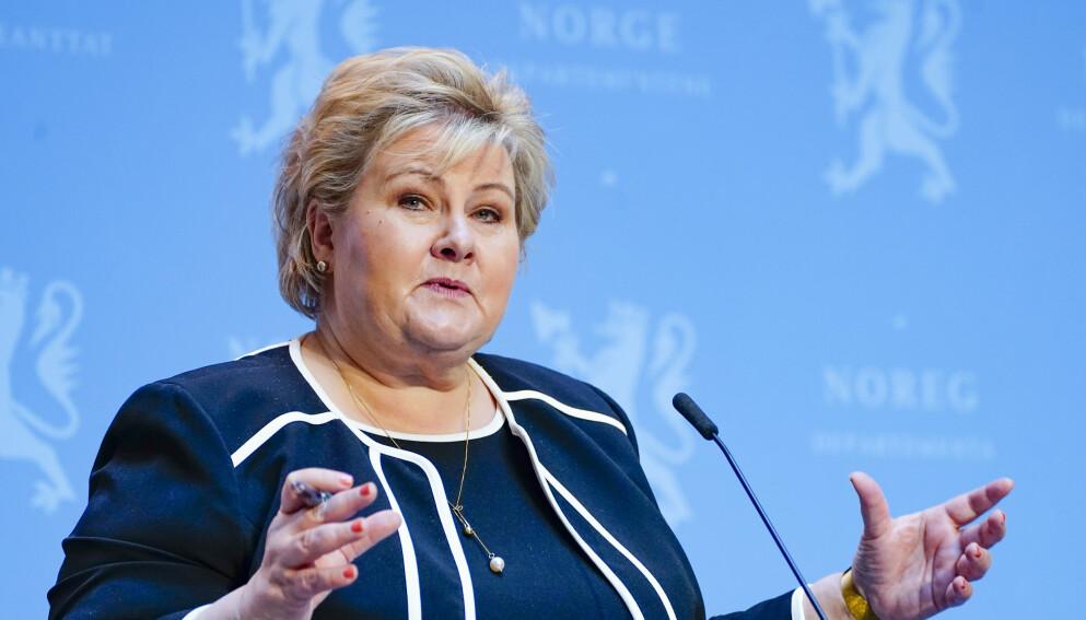 – Vi er åpne for å kjøpe inn den russiske vaksinen hvis den er tilgjengelig, sier Erna Solberg. Foto: Terje Pedersen / NTB
