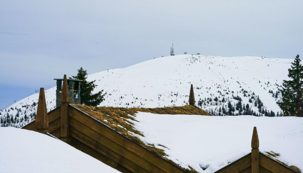 Det er varslet regn i perioder i store deler av landet første delen av påsken. I fjellet er det godt med snø flere steder, melder NVE. Foto: Lise Åserud / NTB