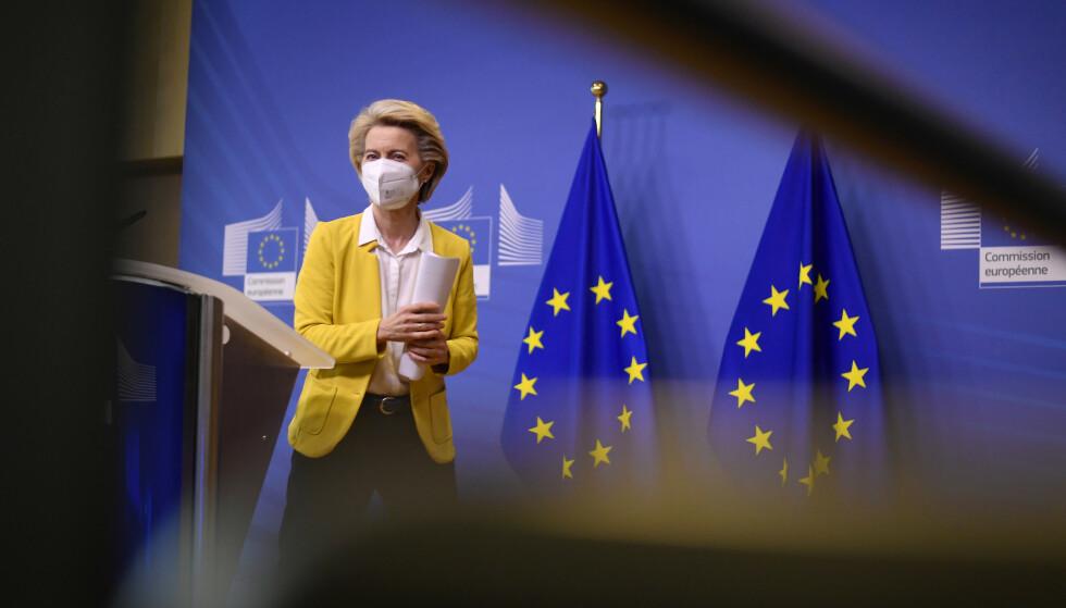 EU-kommisjonens president Ursula von der Leyen uttalte tidligere denne måneden at EU ville forlenge kontrakten med Pfizer og Biontech med innkjøp av 1,8 milliarder flere doser. Foto: John Thys / pool via AP / NTB