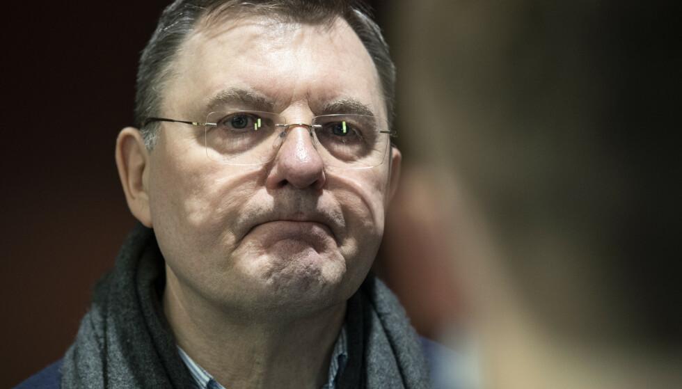 Bergens smittevernoverlege Frank van Betten går av med pensjon til sommeren. Han ble ansatt i stillingen i januar i år. Foto: Marit Hommedal / NTB