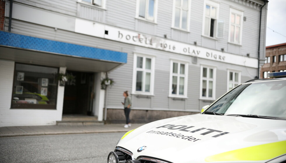 En 27 år gammel mann er tiltalt for å ha hensatt en 15 år gammel jente i hjelpeløs tilstand, etter at jenta døde av en overdose på Hotell 1016 Olav Digre i Sarpsborg. Foto: Christoffer Andersen / NTB
