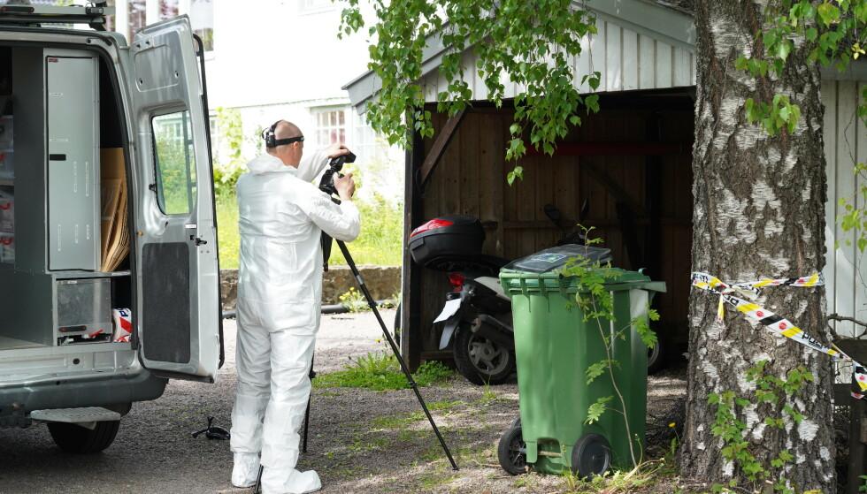 Kristian Løvlie ble drept i denne garasjen i Nittedal 27. mai i fjor. Foto: Ole Berg-Rusten / NTB