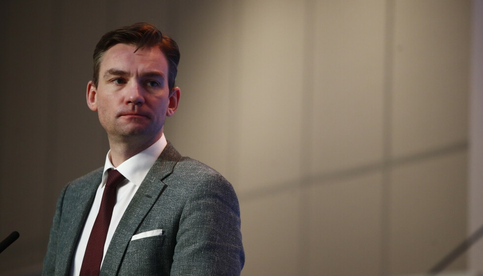 Forsknings- og høyere utdanningsminister Henrik Asheim, som også er nestleder i Høyres programkomite, foreslår såkalt nivådifferensiering på barne- og ungdomstrinnet. Foto: Terje Pedersen / NTB