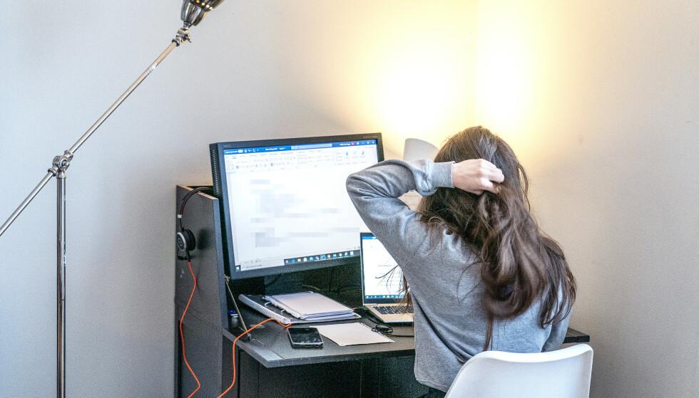 En studie fra WHO og ILO viser at antall personer som jobber lange dager, øker. Det øker igjen faren for hjerneslag og hjertesykdommer, viser den samme studien. Illustrasjonsfoto: Gorm Kallestad / NTB