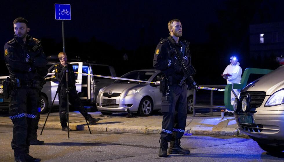 En kvinne ble drept og to andre kvinner ble skadd da en mann knivstakk dem i Sarpsborg 14. juli i fjor. Nå er mannen dømt til tvungent psykisk helsevern. Foto: Fredrik Hagen / NTB