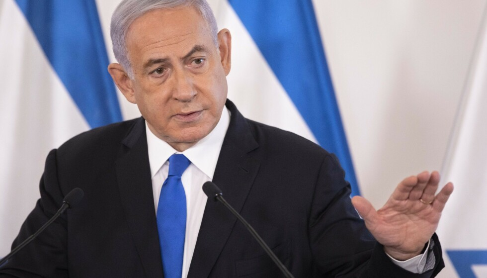 Statsminister Benjamin Netanyahu under møtet med utenlandske ambassadører i Tel Aviv onsdag. Foto: Sebastian Scheiner / Pool / NTB