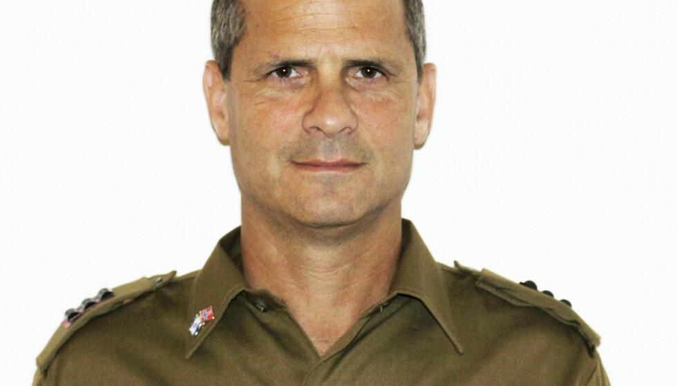 Fire år har gått siden kaptein Bjørn Hermann Ueland hengte fra seg uniformen og sluttet som talsmann for det israelske forsvaret (IDF). I dag har han ingen tro på at krigføring kan løse noe som helst og kaller Israels okkupasjon av de palestinske områdene meningsløs. Foto: IDF / NTB