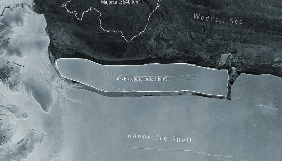 Satelittfoto av det store isfjellet som har løsnet. Foto: CC BY-SA 3.0/Creative Commons