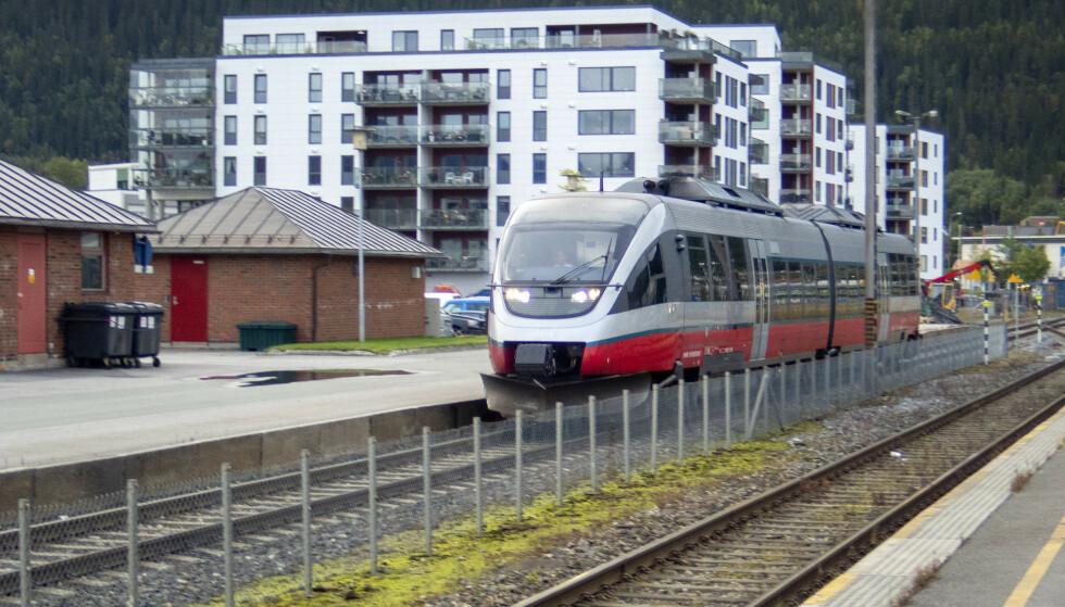 Bane Nor har utviklet en nettside, Banorama, for å gi barn og unge kunnskap om hvordan trygt å forholde seg til togtrafikk. Foto: Gorm Kallestad / NTB