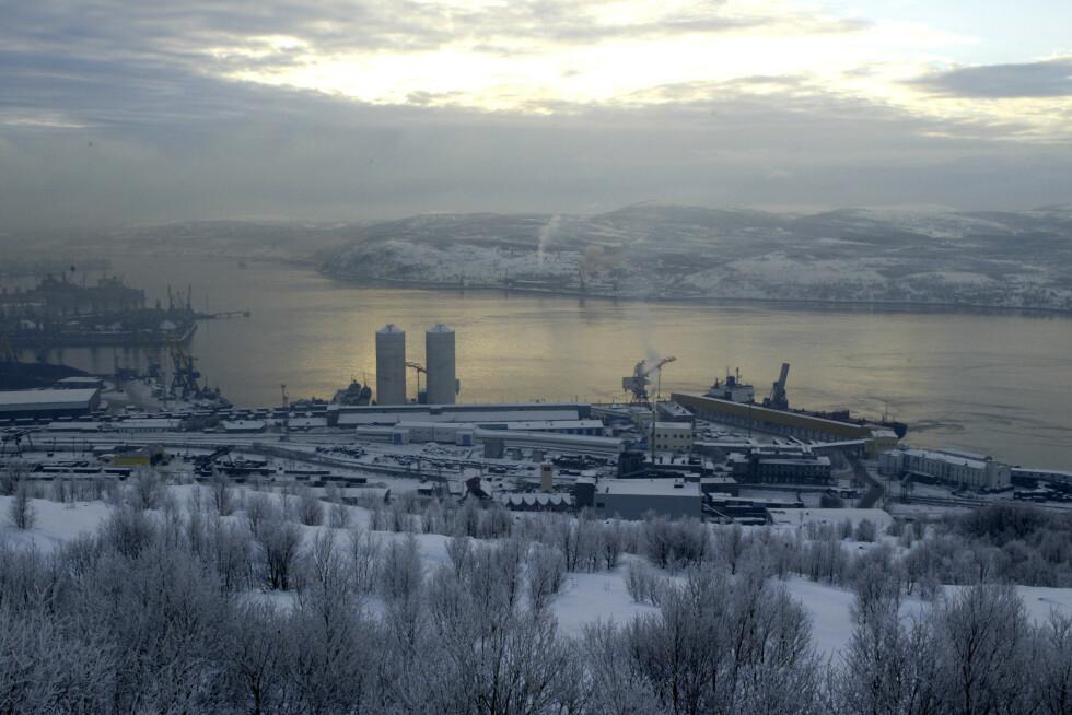 Oversiktsbilde fra Murmansk mot sjøen. Foto: Bjørn Sigurdsøn / NTB.