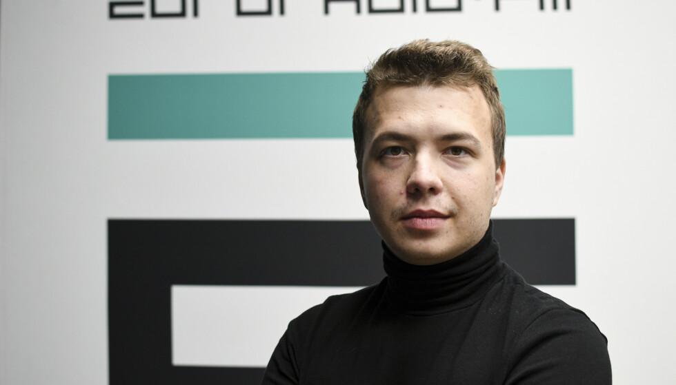 Hviterussland bekrefter at den 26 år gamle journalisten og regimekritikeren Roman Protasevitsj sitter i varetekt i Minsk. Foto: Euroradio / AP / NTB