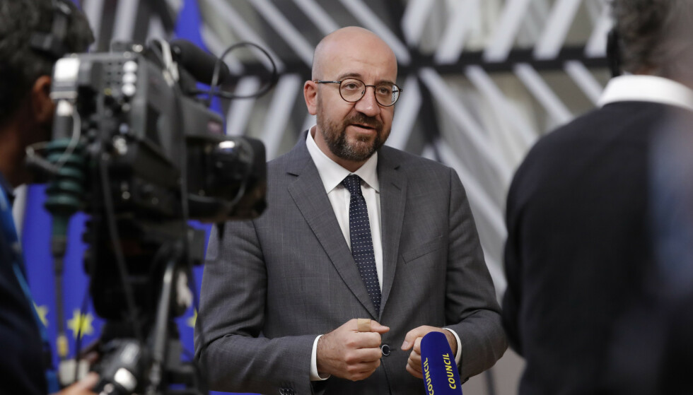 EU-president Charles Michel sier de 27 EU-lederne fordømmer det de kaller bortføring av Malis president og statsminister. Foto: Olivier Hoslet, pool via AP / NTB