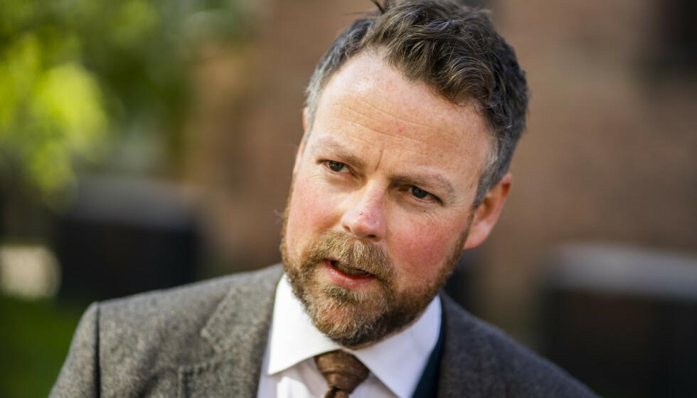 Oslo 20210520. Arbeids- og sosialminister Torbjørn Røe Isaksen (H) presenterer årets trygdeoppgjør.Foto: Håkon Mosvold Larsen / NTB