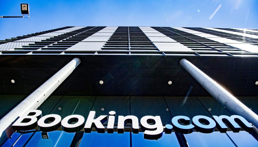Booking.com, en av verdens største portaler for bestilling av reiser, er under etterforskning hos økokrim i Italia. Foto: Robin Utrecht/Shutterstock/NTB