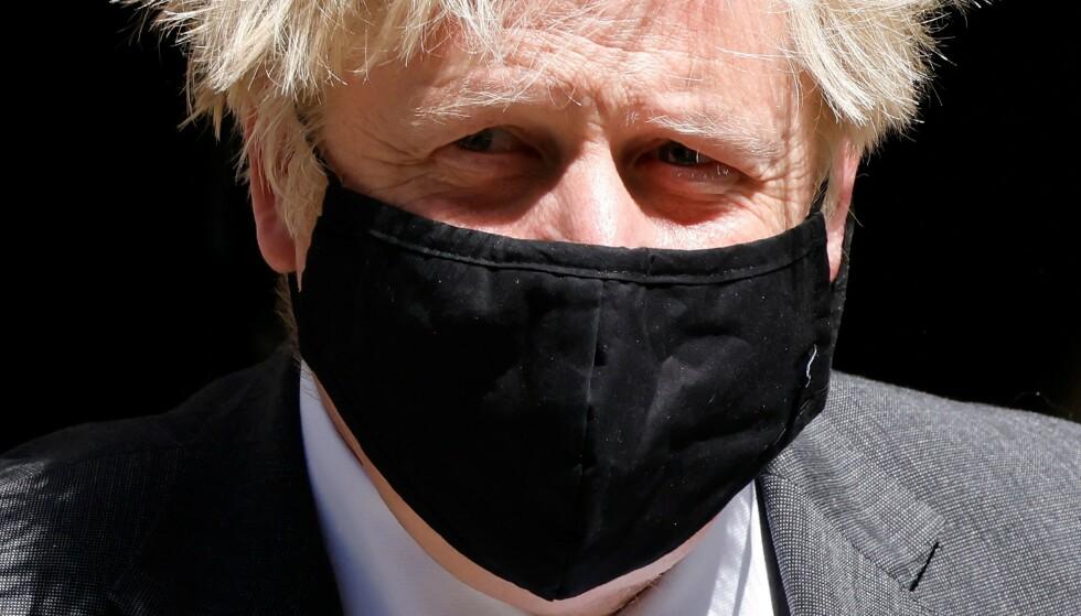 Boris Johnsons tekstmelding vekker reaksjoner. Foto: NTB scanpix / AFP