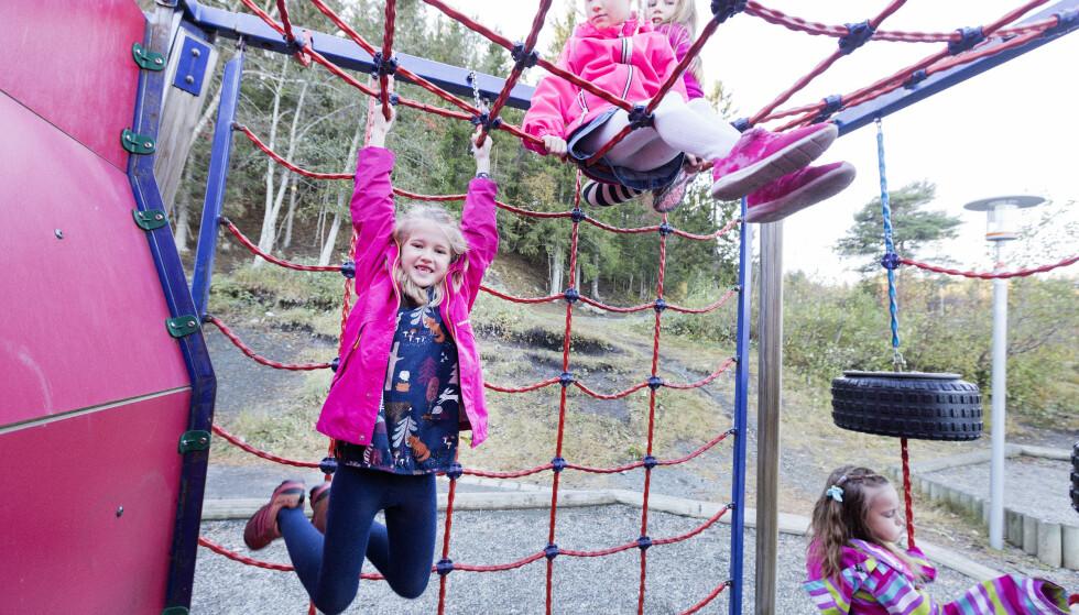 Flere barn skal få muligheten til å gå på SFO, og regjeringen vil fra august utvide ordningen med modererte priser for lavinntektsfamilier. Foto: Gorm Kallestad / NTB
