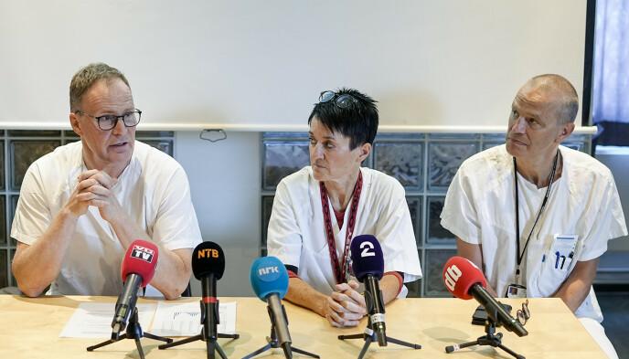Overlegene Henrik Siverts, Tina Gaarder og Pål Aksel Næss fra Oslo universitetssykehus forteller om skader som følge av bruk av elsparkesykler i Oslo. Foto: Fredrik Hagen / NTB