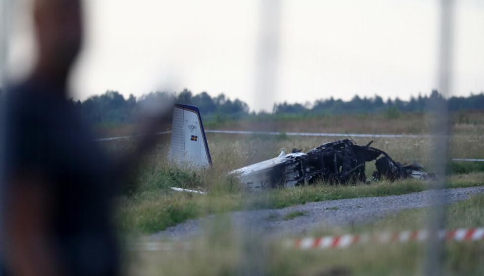 Örebro, Sverige: Åtte fallskjermhoppere og én pilot som omkom i flyulykken. Foto: Jeppe Gustafsson / TT NYHETSBYRÅN / NTB