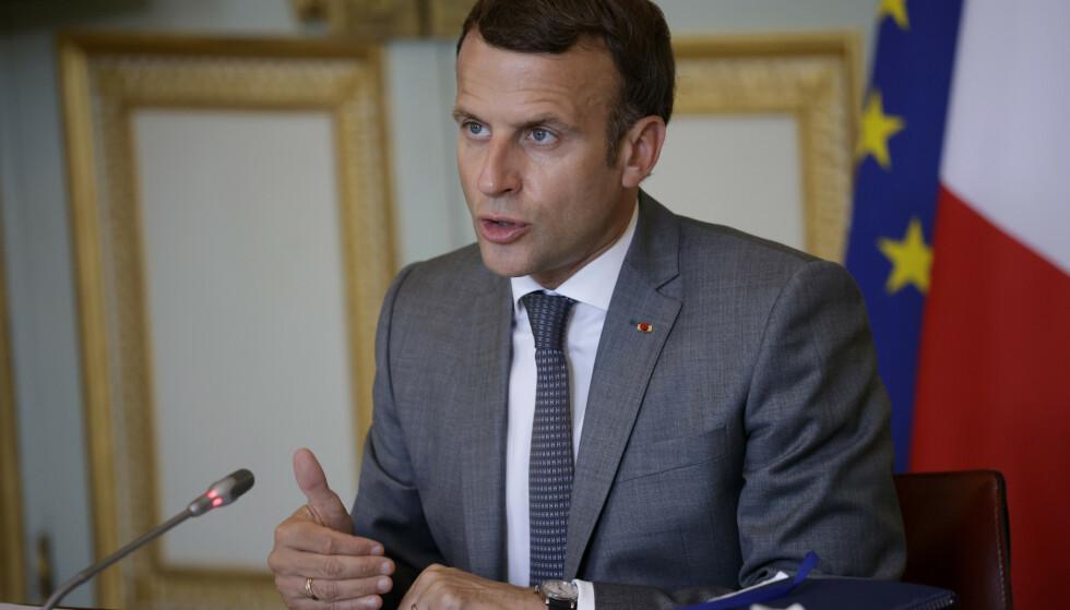 Frankrikes president Emmanuel Macron og flere andre stats- og regjeringssjefer kan ha blitt rammet av overvåking med spionverktøyet Pegasus, melder Washington Post. Foto: Yoan Valat / AP / NTB