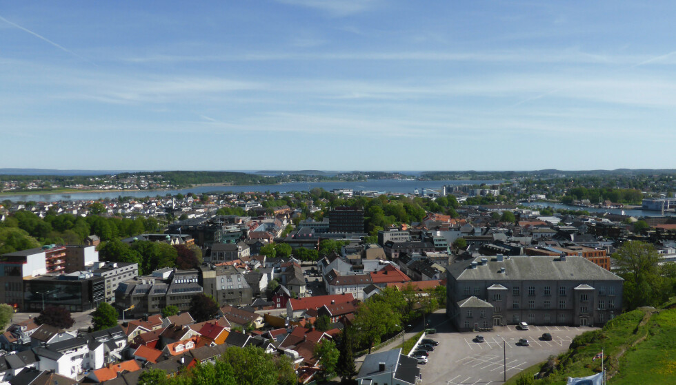 Tønsberg er blandt dem som opplever smittutbrudd nå. Foto: Berit Keilen / NTB