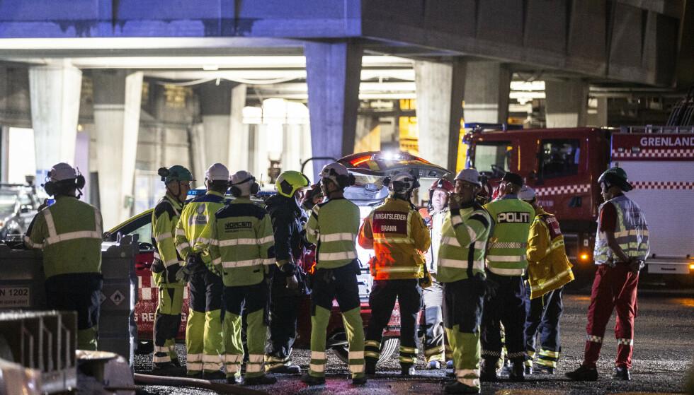 Brannen på Norcem i Brevik ble meldt slukket tirsdag morgen. Foto: Trond Reidar Teigen / NTB