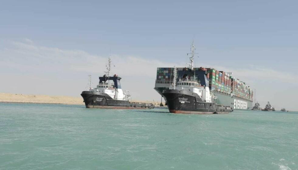 Grunnstøtingen i Suezkanalen bidro til store forstyrrelser i verdenshandelen. Foto: AP / NTB
