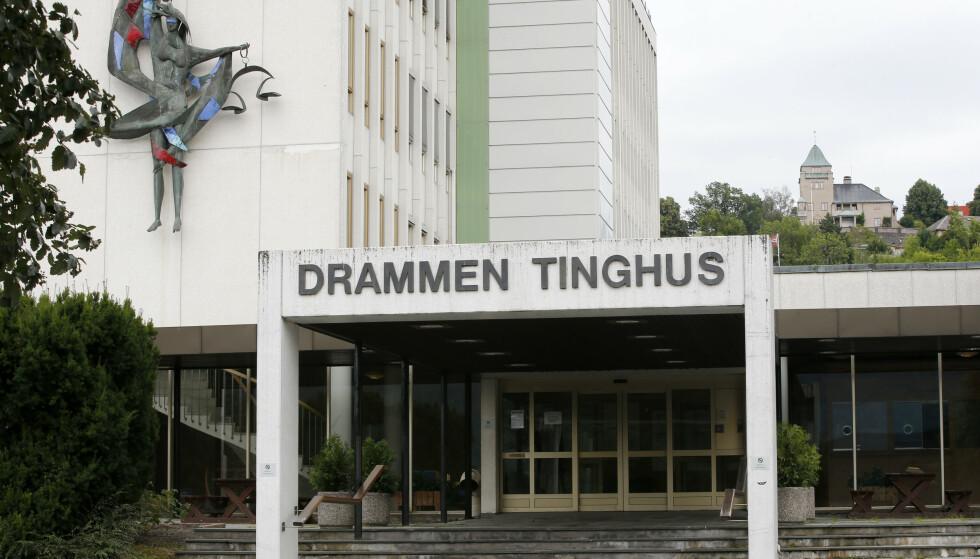 Tirsdag 27. juli ble varetektsfengslingen for ekteparet forlenget med to uker i her i Buskerud tingrett i Drammen. Foto: Lise Åserud / NTB