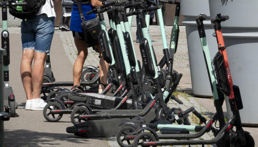 Elsparkesyklene regjerer i Oslo sentrum. Foto: Geir Olsen / NTB