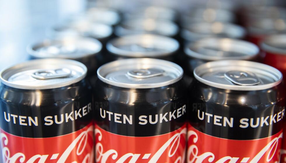 Coca-Cola ønsker ikke å oppgi det totale antallet paller med colabokser som har trukket tilbake. Illustrasjonsfoto: Berit Roald/NTB