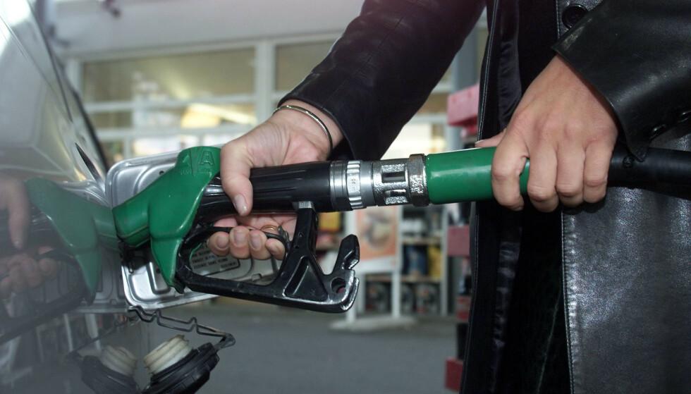 Prisstigning på blant annet bensin bidro til at kjerneinflasjonen steg med 1,1 prosent i juli mot samme tid i fjor. Foto: Lise Åserud / NTB