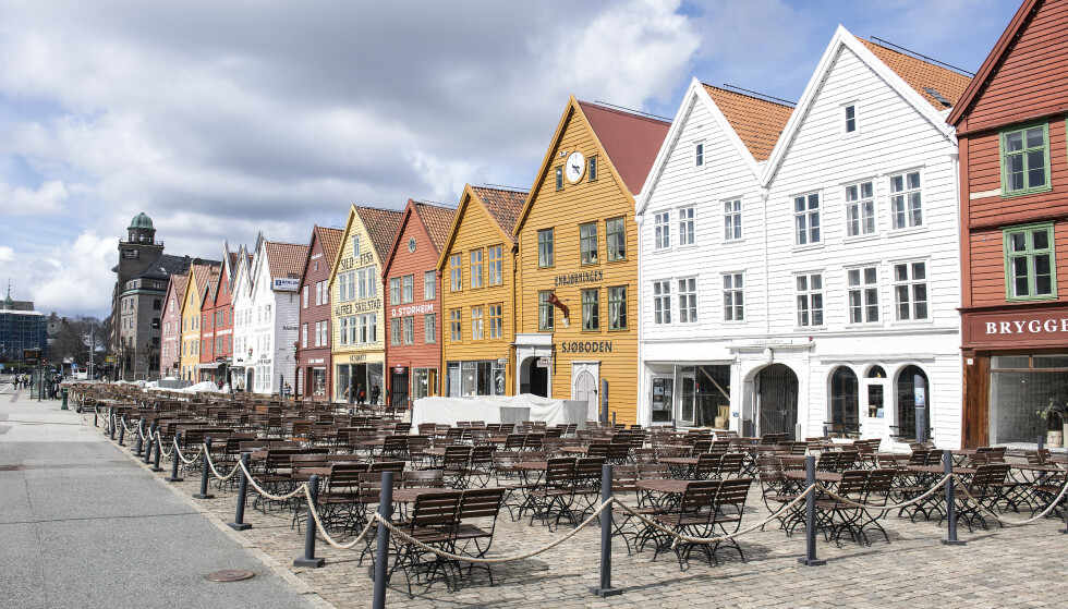 Det er i dag meldt om 103 nye smittede i Bergen. Det er 27 flere enn i går. Foto: Marit Hommedal / NTB