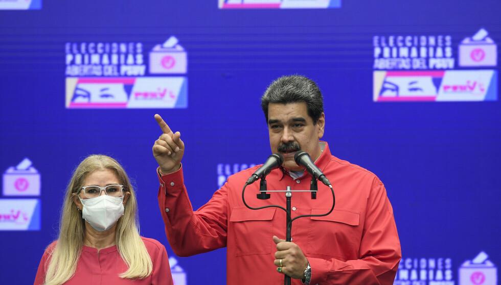 Venezuelas president Nicolás Maduro snakker på en pressekonferanse tidligere denne uken. Foto: Matias Delacroix / AP / NTB