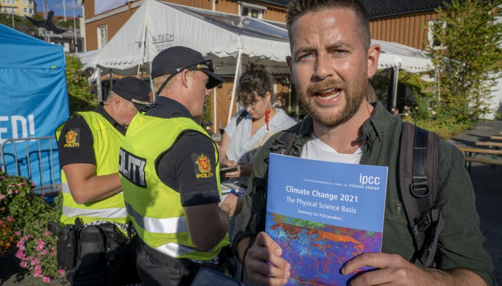 Halvard Raavand i Greenpeace Norge mener det er uhørt at de ble bortvist. Foto: Ole Berg-Rusten / NTB