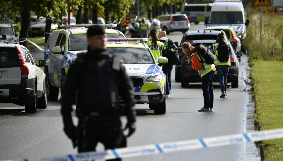 En person er skadd på en ungdomsskole skole i Eslöv i Skåne, og en elev er pågrepet utenfor skolen. Foto: Johan Nilsson/TT NYHETSBYRÅN / NTB