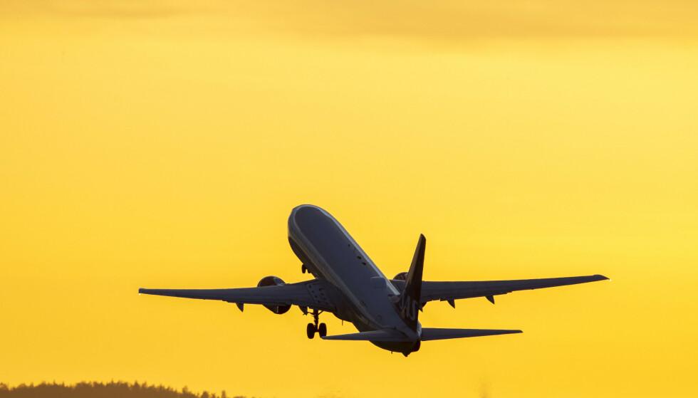 Det er registrert 131 tilfeller av koronasmitte på fly her i landet de siste to ukene. Illustrasjonsfoto: Håkon Mosvold Larsen / NTB