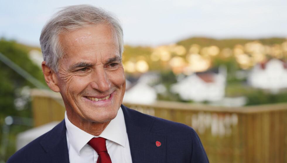 Leder i Arbeiderpartiet Jonas Gahr Støre kan smile bredt. Partiet er dobbelt så store som Sp i Aftenpostens seneste meningsmåling. Foto: Ole Berg-Rusten / NTB
