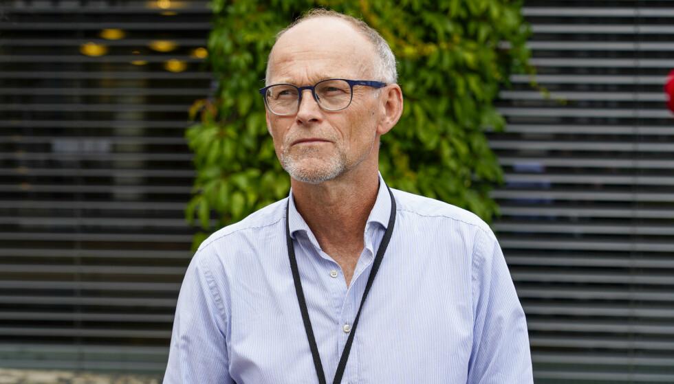 Fagdirektør Frode Forland i Folkehelseinstituttet understreker at vaksinen ikke er 100 prosent effektiv mot smitte. Foto: Gorm Kallestad / NTB