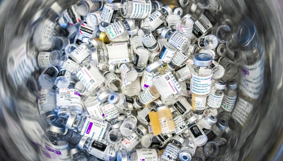 Selv om 70 prosent nå er fullvaksinert, må arbeidet fortsette – både for å få flere til å ta vaksinen i EU og i resten av verden – sier Ursula von der Leyen. Illustrasjonsfoto: Ole Berg-Rusten / NTB