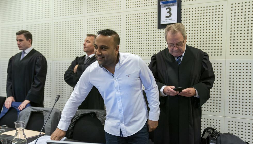 Hovedtiltalte Sajjad Husain (44) var sjef og eier av dagligvarekjeden Lime, og har stått tiltalt for blant annet menneskehandel. Foto: Heiko Junge / NTB