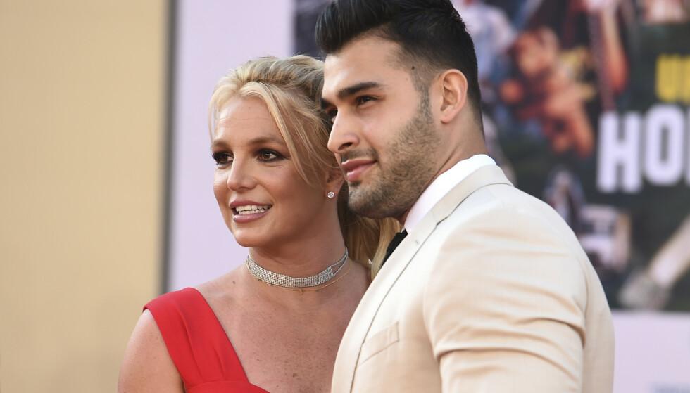 Britney Spears og Sam Asghari, her under en filmpremiere i juli 2019, har forlovet seg. Arkivfoto: Jordan Strauss / Invision / AP / NTB
