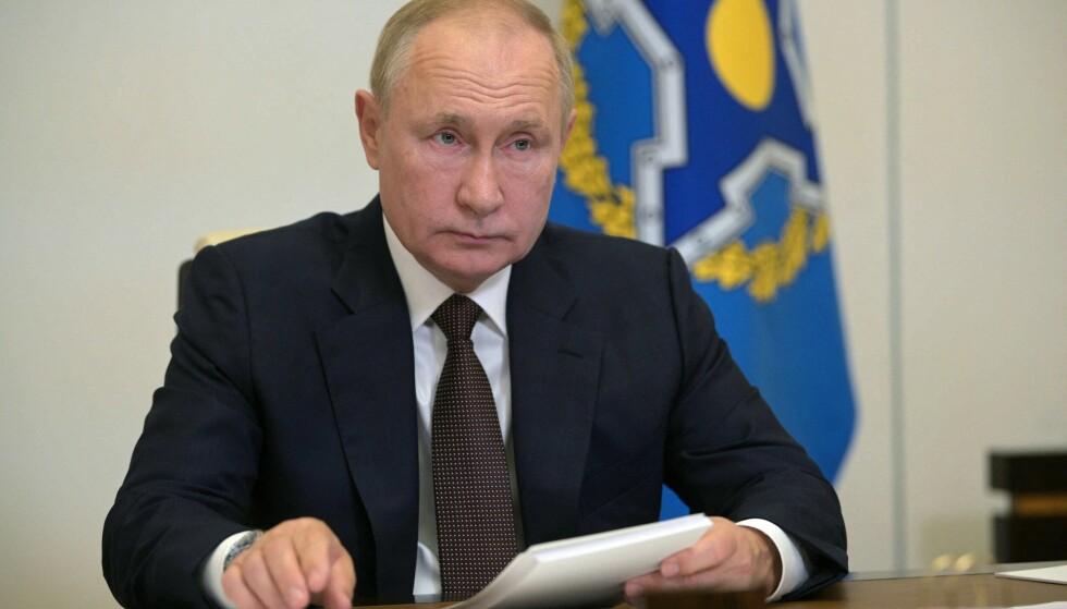 Russlands president Vladimir Putin deltar digitalt under CSTO-møtet torsdag. Foto: Kreml fotopool via AP / NTB