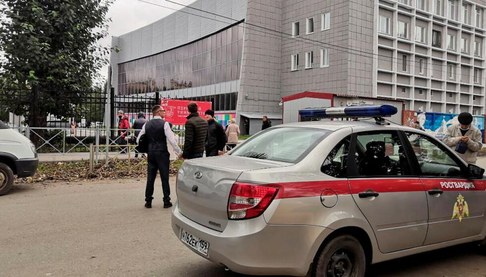 Flere skal være døde og skadet etter skyting på et universitet i Perm i Russland. FOTO: REUTERS/Anna Vikhareva via NTB