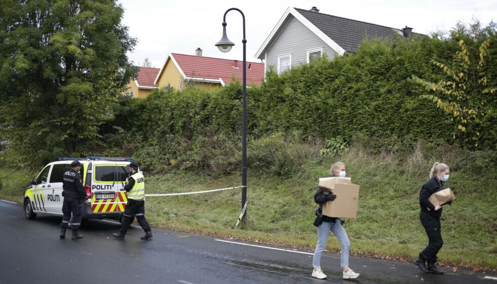 En person ble drept i Åros i Asker fredag etter det som trolig var en knivstikking. Foto: Javad Parsa / NTB