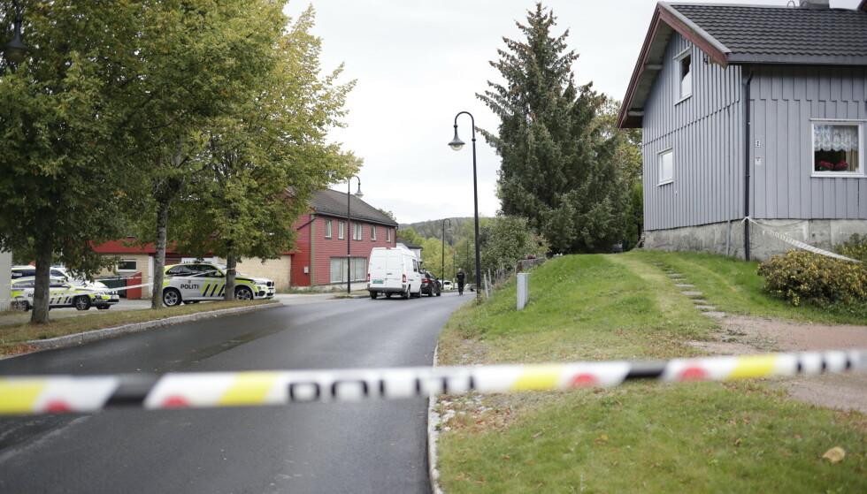 En mann i 40-årene er fengslet etter drapet i Åros i Asker fredag. Foto: Javad Parsa / NTB