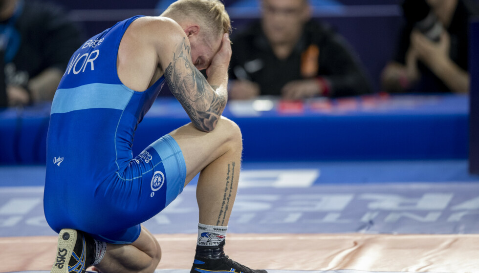 Stig Andre Berge fra Norge tapte mot Lenur Temirov fra Ukraina i klasse 63 kg i bryte-VM på Jordal Amfi. Foto: Javad Parsa / NTB