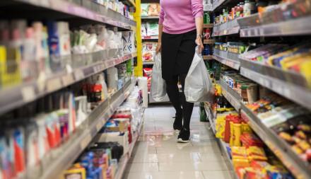 Image: Studie: Ni av ti hadde fått i seg åtte ulike plastmyknere